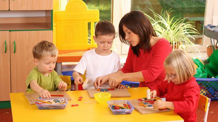 (La scolarisation des enfants autistes en écoles ordinaires est loin d'être facile © Monika Adamczyk - fotolia.com)