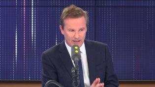 """Nicolas Dupont-Aignan était l'invité du """"8h30 franceinfo"""" du vendredi 17 janvier 2020. (FRANCEINFO / RADIOFRANCE)"""