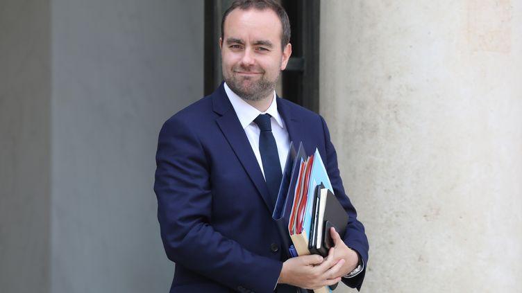 Le secrétaire d'Étatauprès du ministre de la Transition écologique, Sébastien Lecornu. (LUDOVIC MARIN / AFP)
