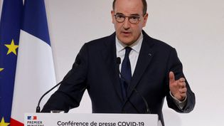 Le Premier ministre, Jean Castex, lors d'une conférence de presse sur le Covid-19, le 22 avril 2021 à Paris. (LUDOVIC MARIN / AFP)