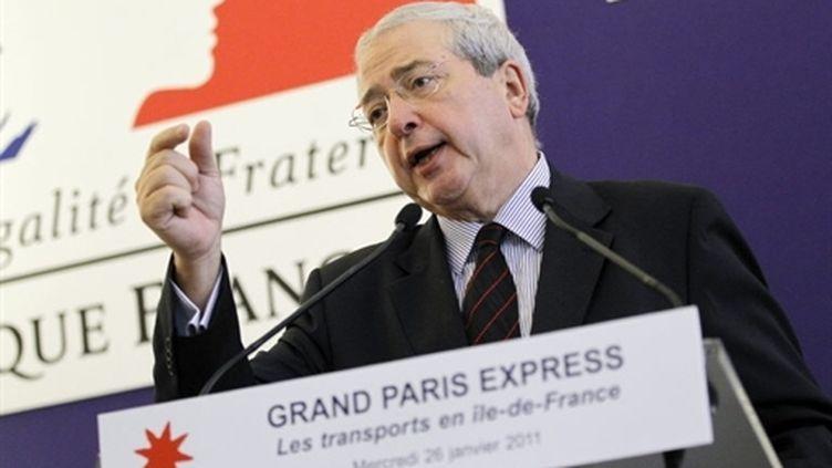 Jean-Paul Huchon lors d'une conférence de presse de présentation du projet Grand Paris Express le 26/01/2011 à Paris. (AFP - Patrick Kovarik)