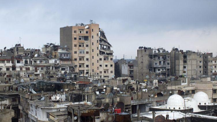 Des immeubles ravagés par les combats à Homs en Syrie le 5 mars 2013. (YAZAN HOMSY / REUTERS)