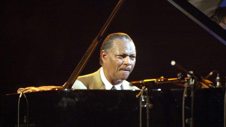 Le pianiste de jazz McCoy Tyner à Vitoria-Gasteiz (Espagne), le 23 juillet 2000 (PAULINO ORIBE / EFE / MAXPPP)
