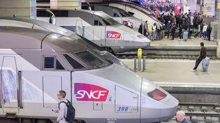 Des TGV à la gare Montparnasse, à Paris, le 22 octobre 2018. (ESTELLE RUIZ / NURPHOTO / AFP)
