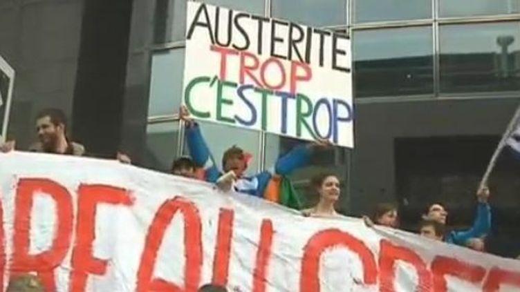 Rassemblement à la place de la Bastille à Paris - mercredi 29 février 2012 (REUTERS)