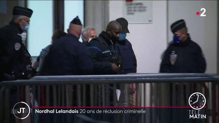 Nordahl Lelandais quittant la cour d'assises de Savoie mardi 11 mai (France 2)