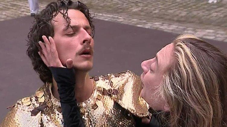 Mickaël Winum et Emilie Delbée dans Andromaque  (France 3 / Culturebox)