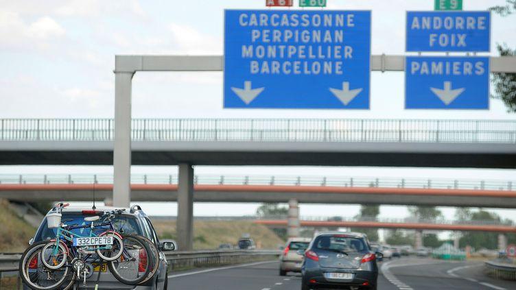 Un cyclotouriste roumain a parcouru 60 kilomètres sur l'autoroute A61… en suivant son GPS, le 18 septembre 2012. (REMY GABALDA / AFP)