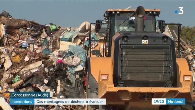 Inondations dans l'Aude : des montagnes de déchets à évacuer