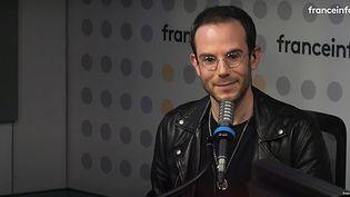 Tous les jours sur franceinfo, Clément Viktorovitch décrypte les discours politiques et analyse les mots qui font l'actualité. (FRANCEINFO)