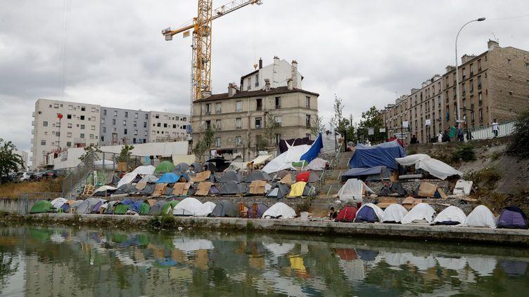 Le camp de migrants d'Aubervilliers (Seine-Saint-Denis), le 17 juillet 2020. (FRANCOIS GUILLOT / AFP)