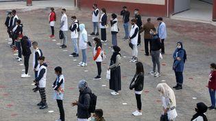 Rentrée scolaire pour les collégiens et lycéens à Alger,le 4 novembre 2020. (BILLAL BENSALEM / NURPHOTO)