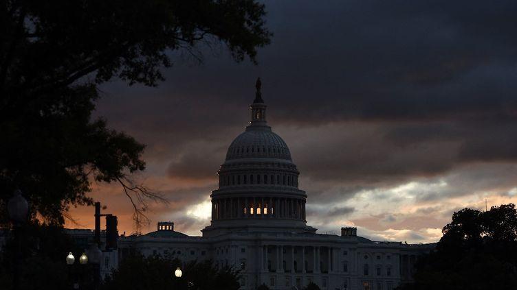 Le capitole américain à Washington (Etats-Unis), le 17 octobre 2019. (OLIVIER DOULIERY / AFP)