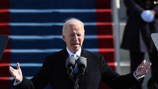 Le 46e président des Etats-Unis, Joe Biden, lors de la cérémonie d'investiture à Washington le 20 janvier 2021 (ANDREW CABALLERO-REYNOLDS / AFP)