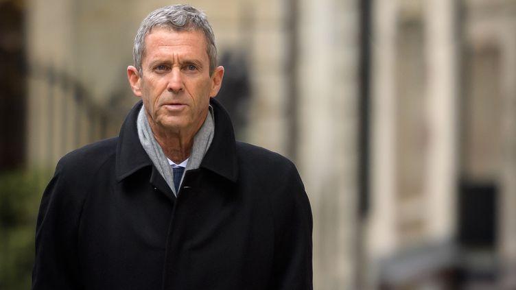 Le magnat franco-israélien Beny Steinmetz à Genève, où il est jugé pour corruption, le 11 janvier 2021. (FABRICE COFFRINI / AFP)