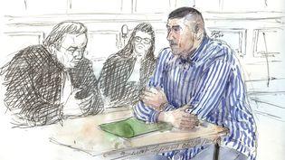 Le policier Damien Saboundjian devant la cour d'assises d'appel de Paris, le 6 mars 2017. (BENOIT PEYRUCQ / AFP)