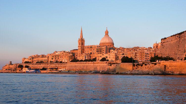 Vue de La Valette, capitale de la République de Malte, depuis la mer le 3 janvier 2021. (MANUEL COHEN / MANUEL COHEN)