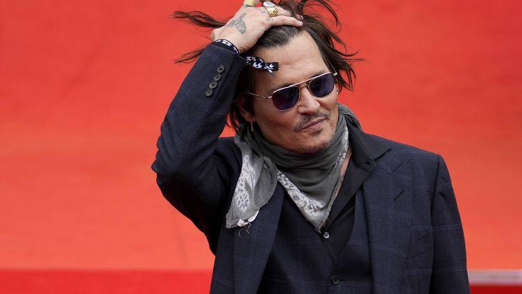 Johnny Depp le 27 août 2021 au Festival international du film de Karlovy Vary, en République tchèque (PETR DAVID JOSEK/AP/SIPA / SIPA)
