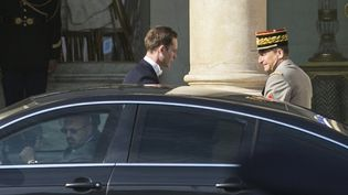 Les chefs des armées arrivent à l'Elysée pour le conseil de défense le 24 juin 2015; (GEOFFROY VAN DER HASSELT / ANADOLU AGENCY)