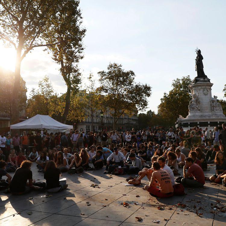La rentrée de Nuit debout, place de la République à Paris, mercredi 31 août 2016. (THOMAS SAMSON / AFP)
