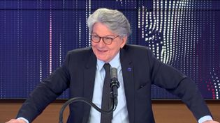 Thierry Breton, commissaire européen en charge de la Task Force Vaccins, invité de franceinfo vendredi 9 avril 2021.  (FRANCEINFO / RADIO FRANCE)
