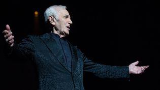 Charles Aznavour en juin 2014 en concert à Varsovie.  (BARTOSZ KRUPA/EAST-NEWS/SIPA)
