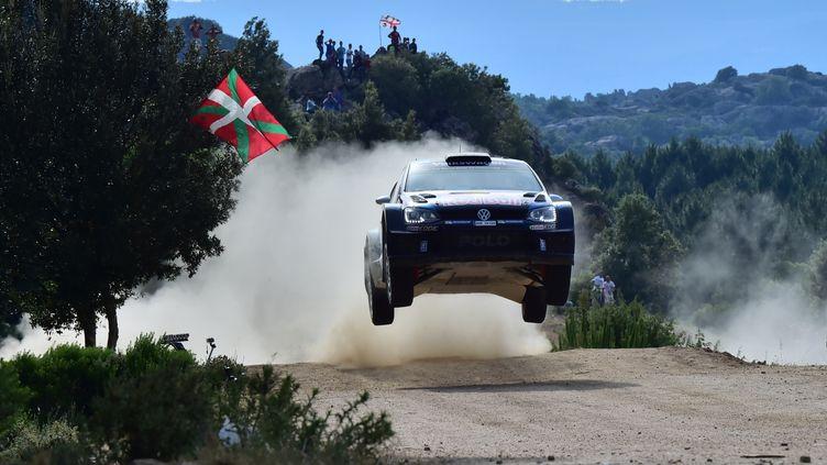 Sébastien Ogier lors du Rallye de Sardaigne (GIUSEPPE CACACE / AFP)