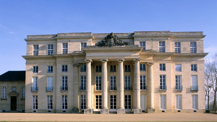 Le château de Bénouville (Calvados)) accueille le déjeuner des chefs d'Etat et de gouvernement, le 6 juin 2014 à midi. (HERVE HUGHES / HEMIS.FR / AFP)