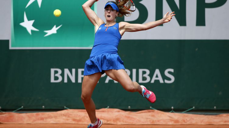 Alizé Cornet a fait le show au 2e tour de Roland-Garros (PATRICK KOVARIK / AFP)