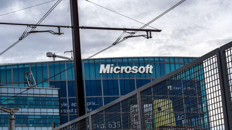 Le siège social de Microsoft France à Issy-les-Moulineaux (Hauts-de-Seine). (BRUNO LEVESQUE / MAXPPP)