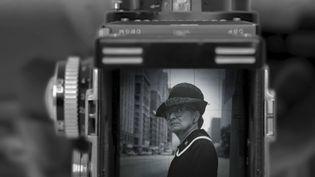 Le choix du 20h : Comment les photos de Vivian Maier font entrer dans les coulisses du rêve américain ? (FRANCE 2)