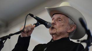 Ralph Stanley, en concert en 2012 au Stagecoach Country Music Festival à Indio, Californie  (Robyn Beck / AFP)