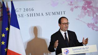 François Hollande lors d'une conférence de presse en marge du sommet du G7 à Ise-Shima (Japon), vendredi 27 mai 2016. (STEPHANE DE SAKUTIN / AFP)