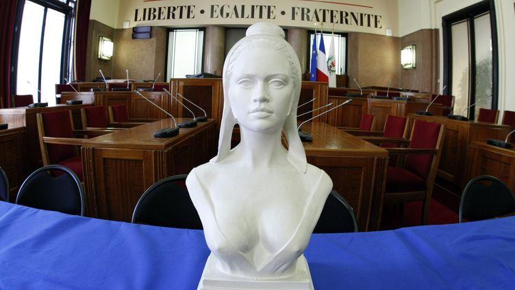 Un buste de Marianne, symbole de la République française, le 18 novembre 2009, à Nice (Alpes-Maritimes). (ERIC GAILLARD / REUTERS)