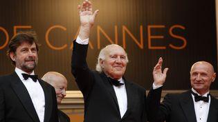 Nanni Moretti, Michel Piccoli et Dario Cantarelli avant la projection d'Habemus Papam à Cannes (2011). (FRANCOIS GUILLOT / AFP)