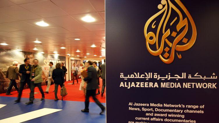 Le stand d'Al Jazeera au Marché international des contenus audiovisuels (MIPTV), à Cannes, en avril 2012. (ERIC GAILLARD / REUTERS)
