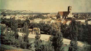 Agen en 1877  (Louis Ducos-du-Hauron-Domaine public)