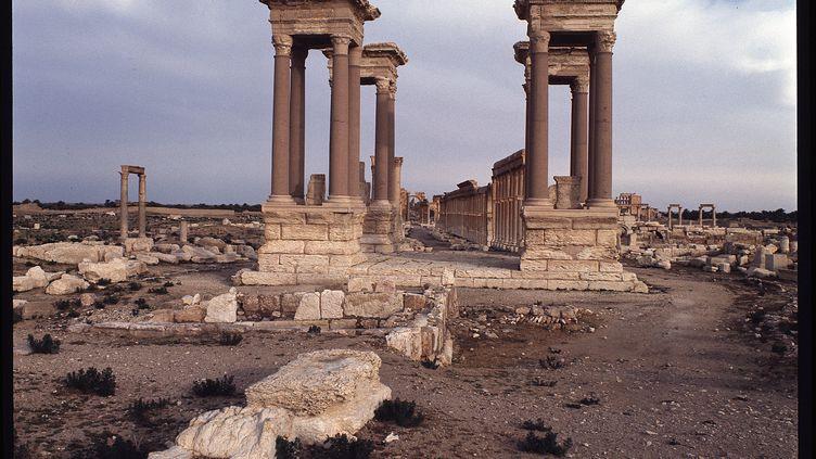 Vue des ruines du site de Palmyre, le Tetrapyle (Syrie), le 1er octobre 2016. (Luisa Ricciarini / Leemage / AFP)