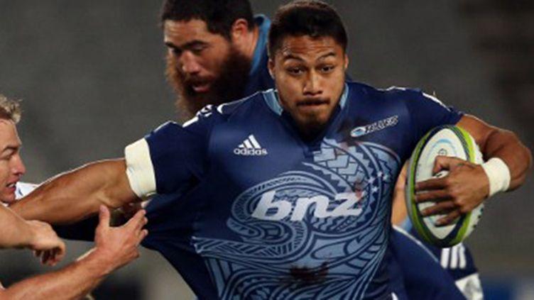 L'ailier des Auckland Blues, George Moala
