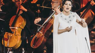 La sopranoAnna Netrebko sur la scène des Victoires de la musique, Metz, 21 février 2020 (CHRISTOPH DE BARRY / AFP)