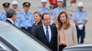 François Hollande arrive à Tokyo (Japon), le 6 juin 2013, pour une visite d'Etat de trois jours. (KAZUHIRO NOGI / AFP)