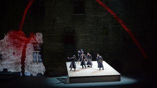 """""""Le Prince de Hombourg"""", mise en scène Georgio Barberio Corsetti, Cour du Palais des Papes Avignon 2014  (BORIS HORVAT / AFP)"""