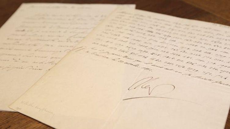 La lettre codée signée par Napoléon, à Paris (31/10/2012)  (Kenzo Tribouillard / AFP)