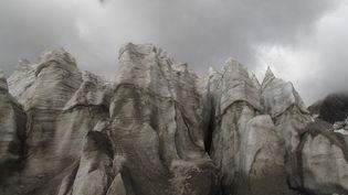Le glacierHuayna Potosi en Bolivie, le7 novembre 2009. (REUTERS)
