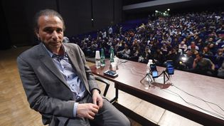 Tariq Ramadan, lors d'une conférence à Bordeaux (Gironde), le 26 mars 2016. (MEHDI FEDOUACH / AFP)