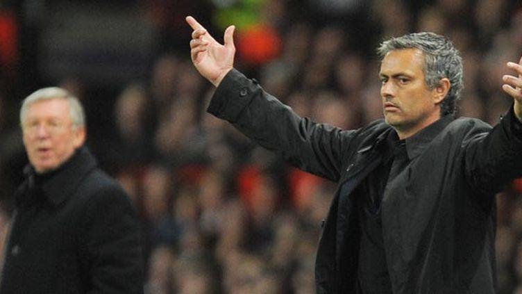 José Mourinho et Sir Alex Ferguson  (ANDREW YATES / AFP)