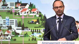 Le Premier ministre Edouard Philippe lors d'une conférence de presse, le 14 décembre 2017 à Cahors (Lot). (PASCAL PAVANI / AFP)