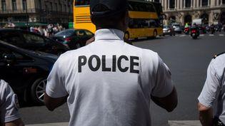 Un policier, à Paris, le 24 mai 2019. (Photo d'illustration) (RICCARDO MILANI / HANS LUCAS / AFP)