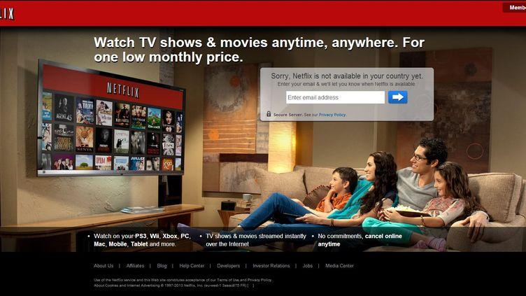 Capture d'écran de la page d'accueil du site Netflix, qui indique que ce service n'est pas encore disponible en France. (  FRANCETV INFO )