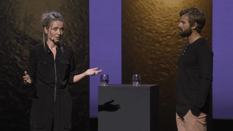 Thordis Elva et son agresseur Tom Stranger racontent leur histoire lors d'une conférence TED, en octobre 2016 à San Francisco (Californie). (CAPTURE ECRAN / TEDWomen 2016)